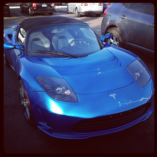 Tesla Roadster – Electric is Sexy